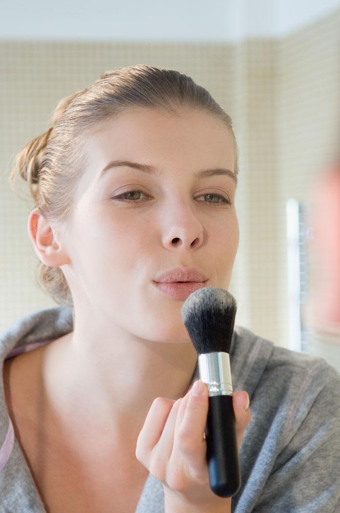化妆刷与美容人物高清素材图片