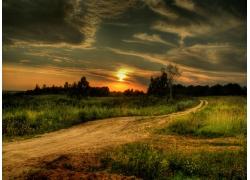 郊外美丽的夕阳高清风景图片