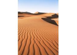 蓝天下的大沙漠风光