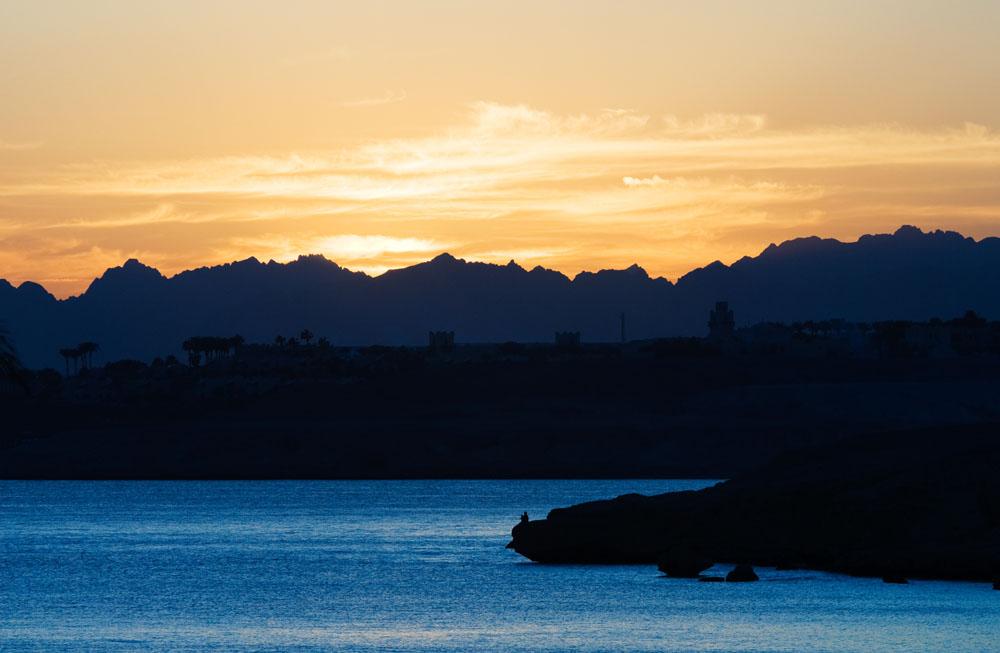 海边日落风景摄影图片