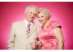 恩爱的老年夫妻
