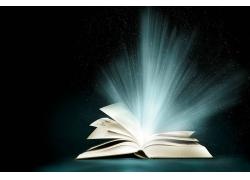 发光的书本