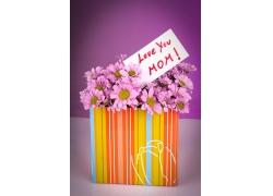 鲜花与母亲节贺卡