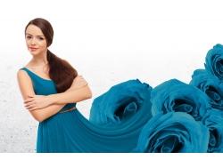 时尚美女与玫瑰花