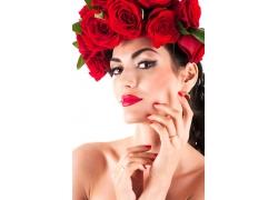 玫瑰花环美女